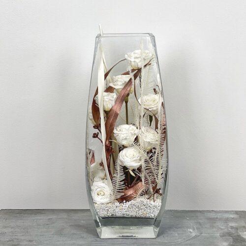 lilleseade uinuvate roosidega