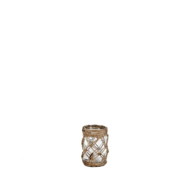 Kaunistatud makrameega purk